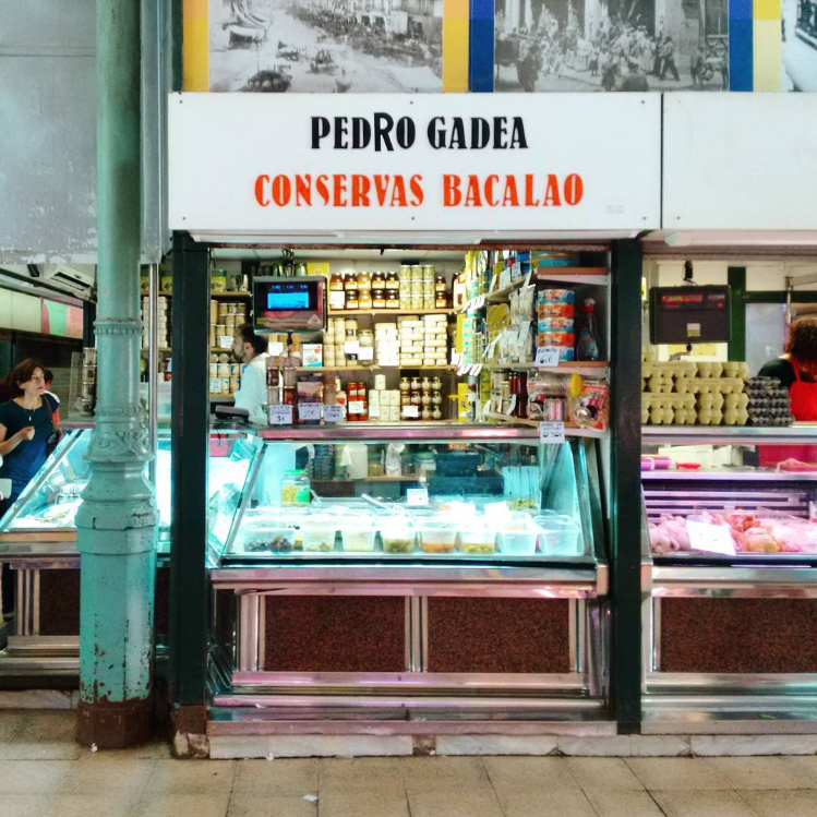 A preserves shop in Zaragoza's municipal market