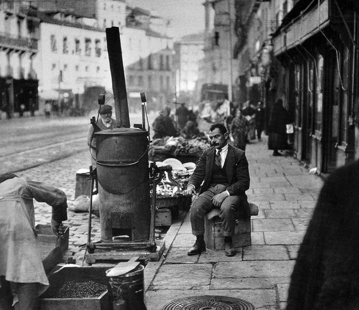 A coffee vendor would set up shop outside before the mercado was built.