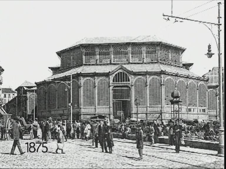 The Victorian-style original Mercado de la Cebada.