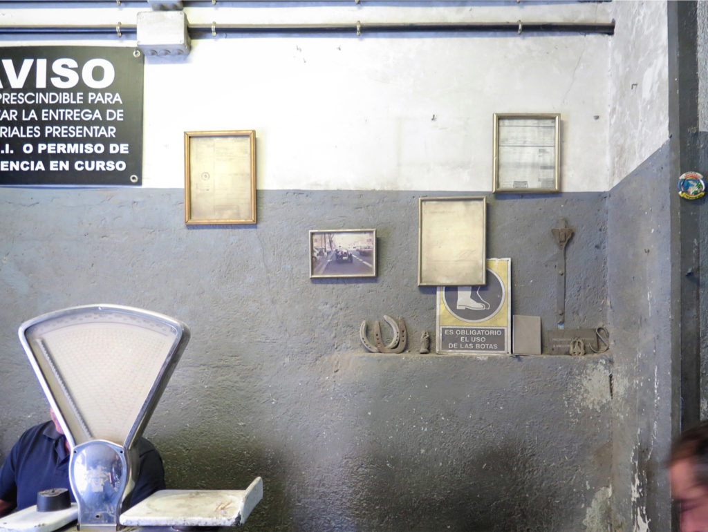 The chatarrería scales and decades of licenses