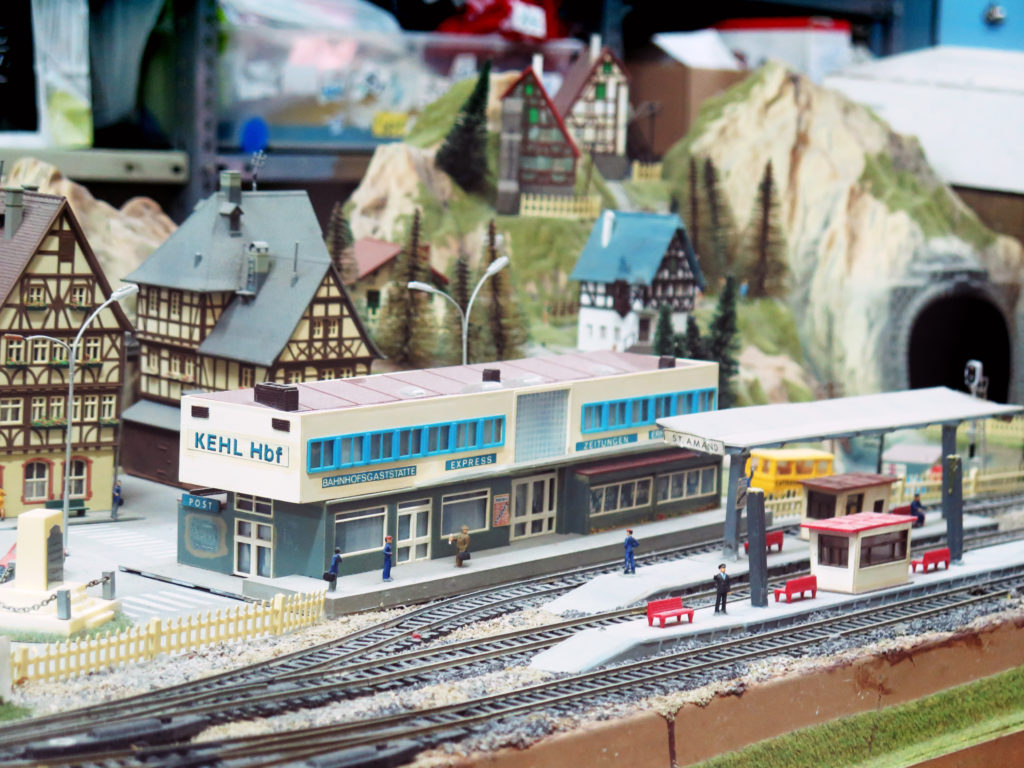 The wonderful German toy train set
