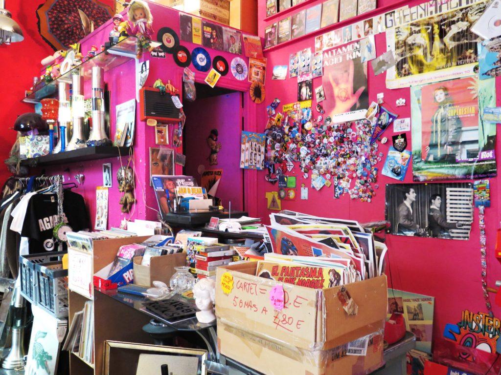 Satanasa record store