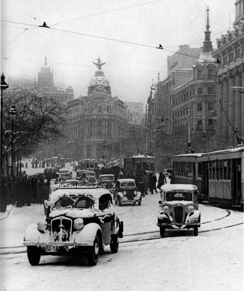 Calle Alcalá, 1945