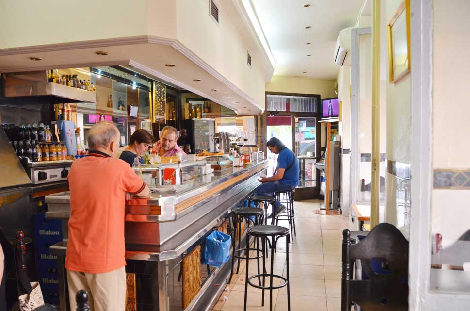 A bright bar with character