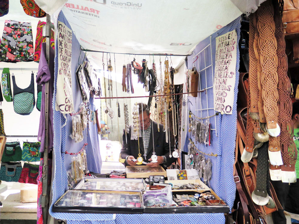 The smallest stall in El Rastro