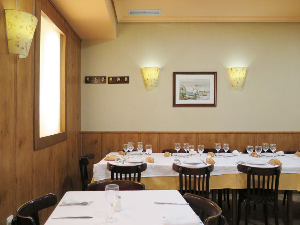 The deepest dining room, with fake windows