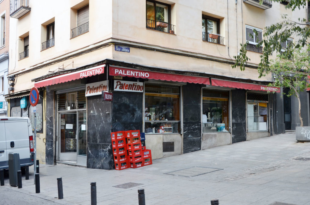 Bar El Palentino on the corner of Calle Pez