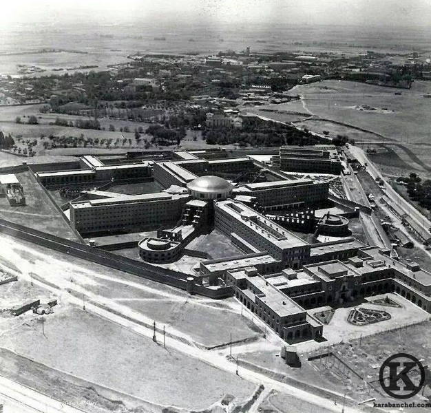 Carabanchel prison under construction in the 1940s