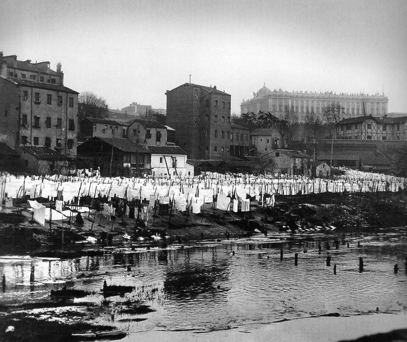 Madrid's old river laundrettes