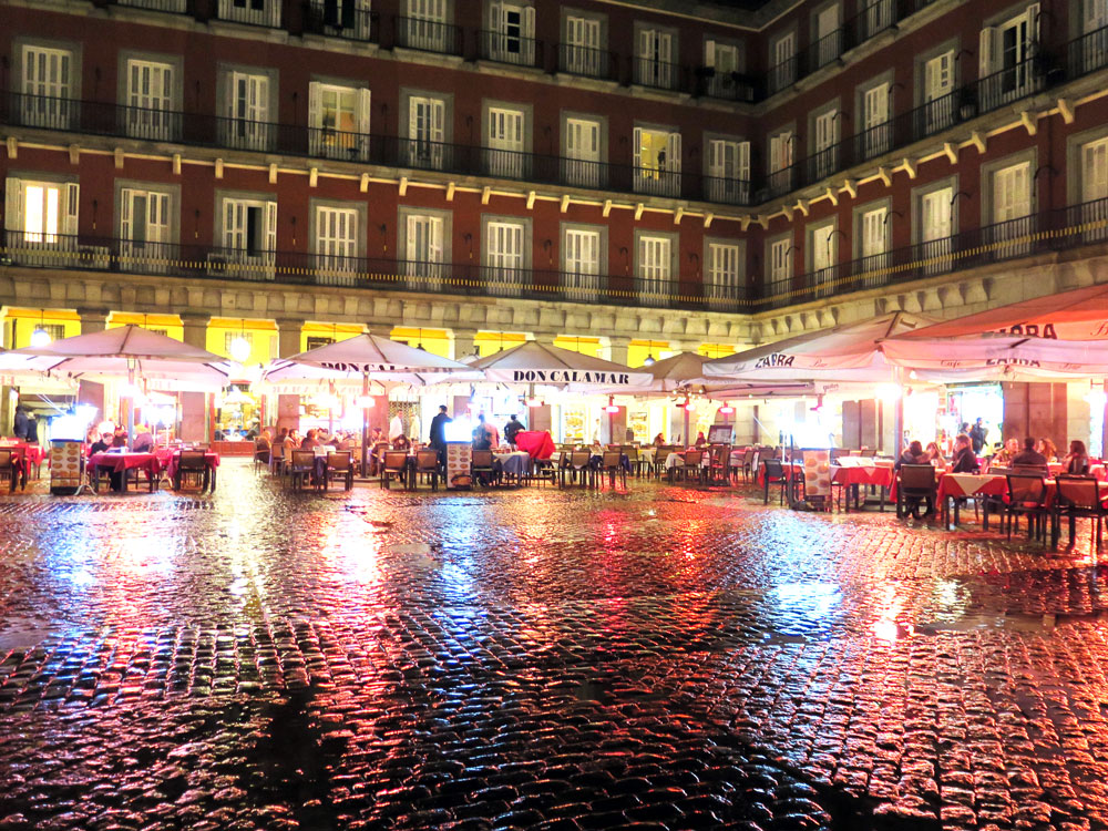 A rainy Plaza Mayor