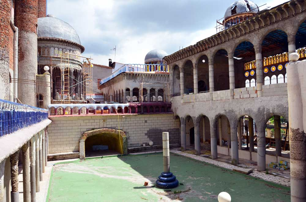 The open-air quadrangle surrounded by cloisters