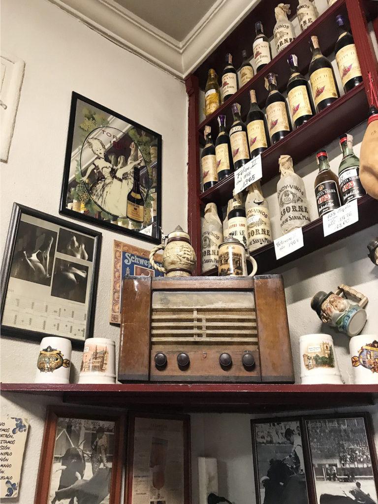 His old radio