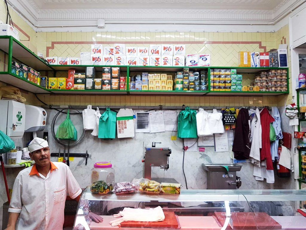 The halal butchers, which used to be a jamonería