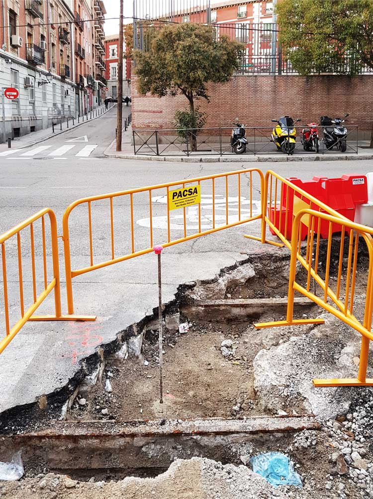 Madrid's old tramlines uncovered during works