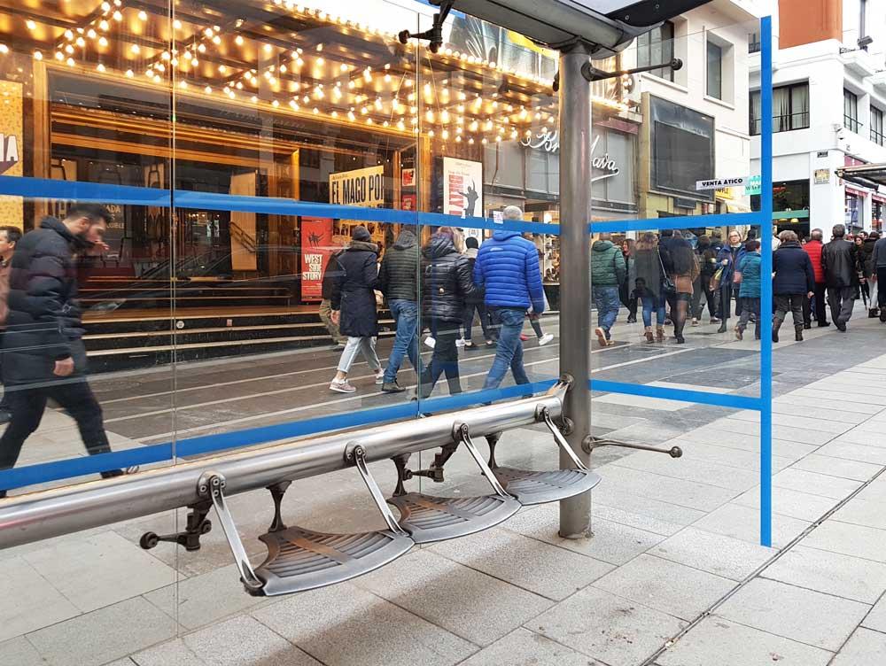 A bus shelter on Gran Vía